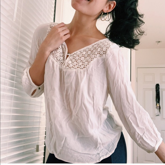 Forever 21 Tops - White lace boho top
